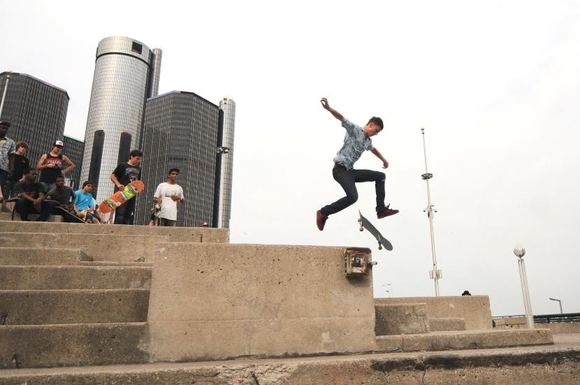 'Go Skateboard Day' in Hart Plaza
