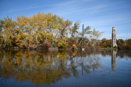 The trees on Detroit's Belle Isle begin to change to autumn yellows and reds Friday, Oct. 23, 2015. Belle Isle is a state park located in the Detroit River between Detroit and Windsor, Ontario. (Tanya Moutzalias | MLive Detroit)