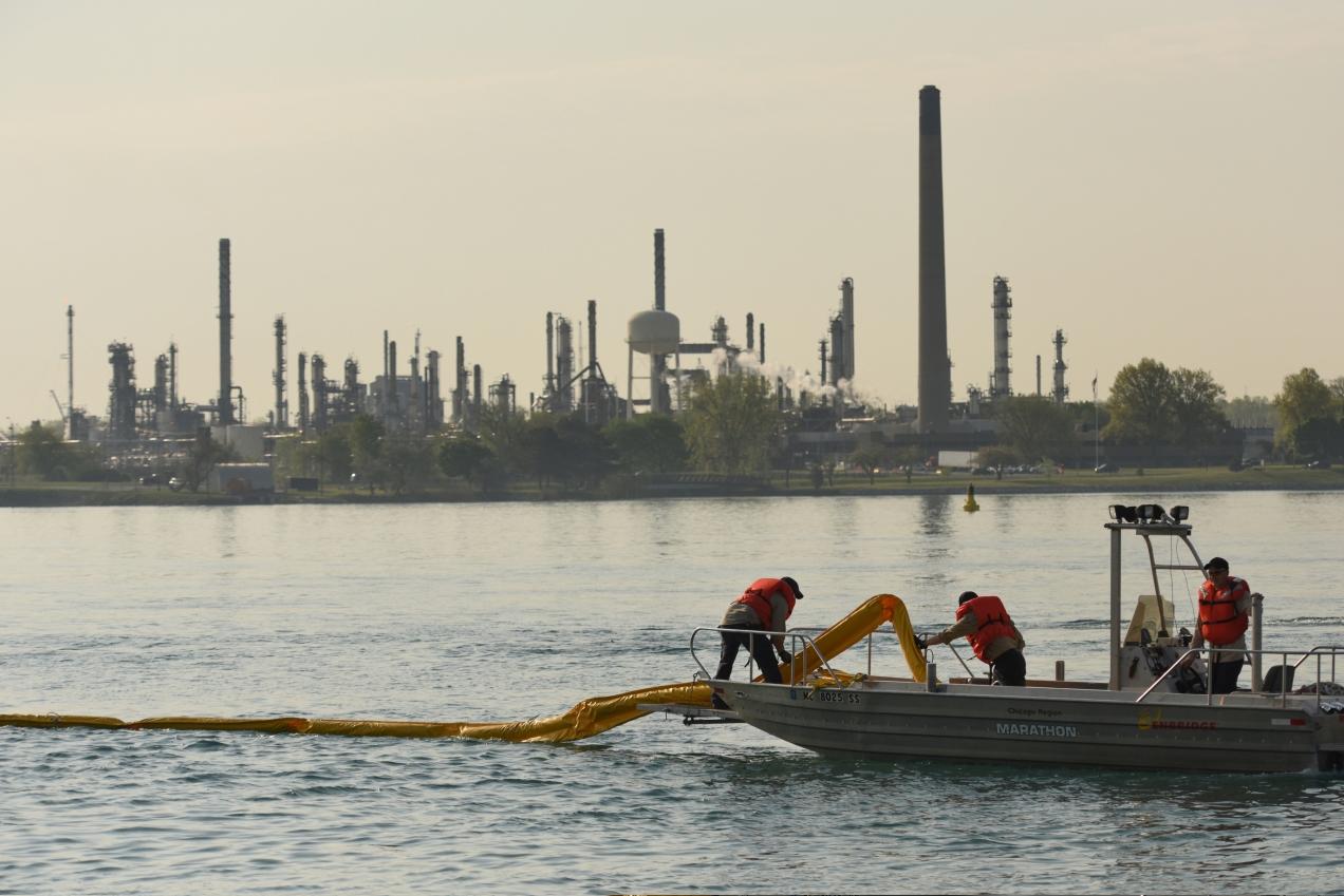 genw_3134003621_oil-spill-drill_01